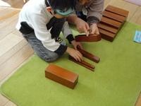茶色の階段.JPG
